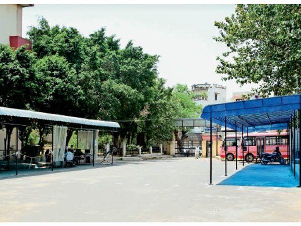 सूने हो गए सैंपल कलेक्शन सेंटर- सिविल अस्पताल में काेराेना टेस्टिंग की जगह पर पसरा सन्नाटा। - Dainik Bhaskar