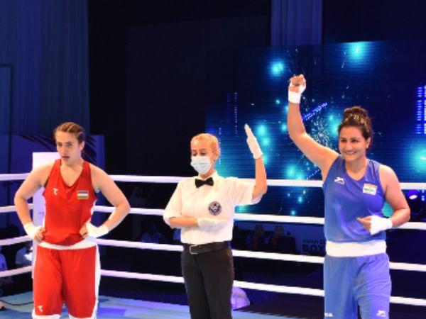 दुबई में चल रही एशियन बॉक्सिंग चैंपियनशिप में 75 किलो वेट में पूजा रानी ने फाइनल में उजबेकिस्तान की मावलुदा मोल्दोनोवा को 5-0 से हराया। - Dainik Bhaskar