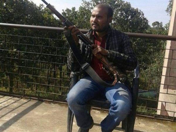 2019 में सामरी क्षेत्र में आगजनी मामले में फरार चल रहे नक्सली अनिल यादव 25 मई को गिरफ्तार किया गया था।