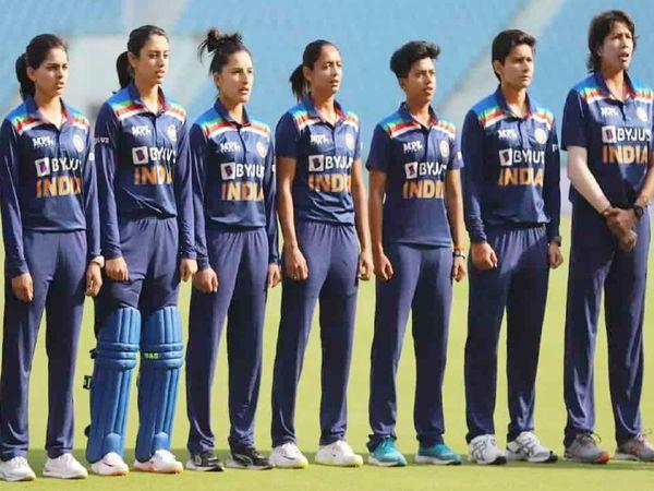 पूर्व फील्डिंग कोच ने कहा है कि भारत की महिला क्रिकेट टीम दुनिया की बेस्ट फील्डिंग टीम है। - Dainik Bhaskar
