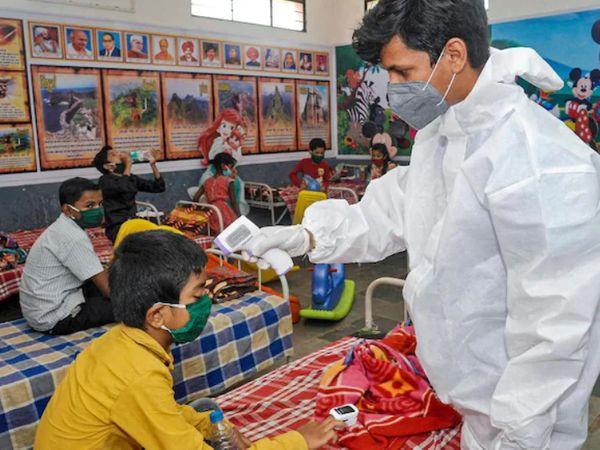महाराष्ट्र में अब तक 10 साल के 1 लाख 47 हजार 420 बच्चे कोरोना वायरस की चपेट में आ चुके हैं।