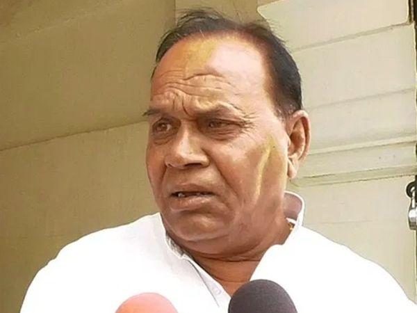 टोडाभीम से कांग्रेस विधायक पीआर मीणा ने भास्कर से कहा- पायलट के साथ था और रहूंगा। - Dainik Bhaskar