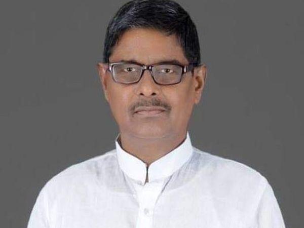 जदयू नेता महेश्वर यादव। - Dainik Bhaskar