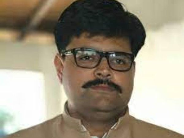 गोसाईगंज विधानसभा क्षेत्र के पूर्व सपा विधायक अभय सिंह के खिलाफ लखनऊ पुलिस ने एफआईआर दर्ज की है। - Dainik Bhaskar