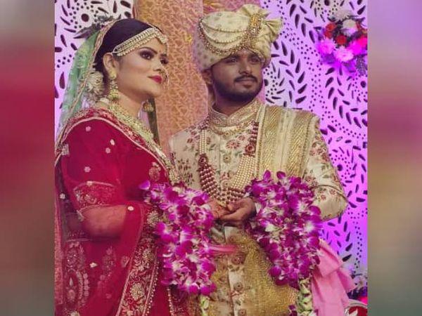 अनुज गर्ग की शादी 27 नवंबर को मथुरा में गोवर्धन निवासी शिखा बंसल के साथ हुई थी।