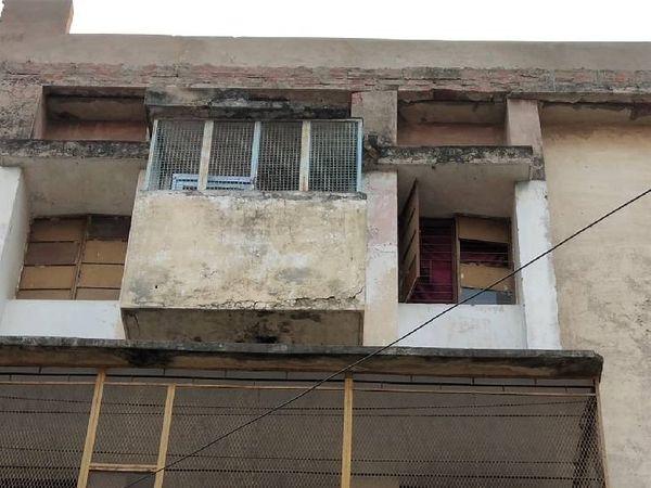 रिहायशी इलाकों में देह व्यापार चिंता का विषय। - Dainik Bhaskar