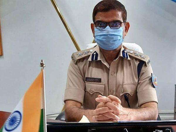 एसपी डॉक्टर शम्स तब्रेज ने कहा कि जिले में पुलिस की छवि खराब करने वाले कर्मियों को किसी भी हाल में बख्शा नहीं जाएगा। (फाइल) - Dainik Bhaskar