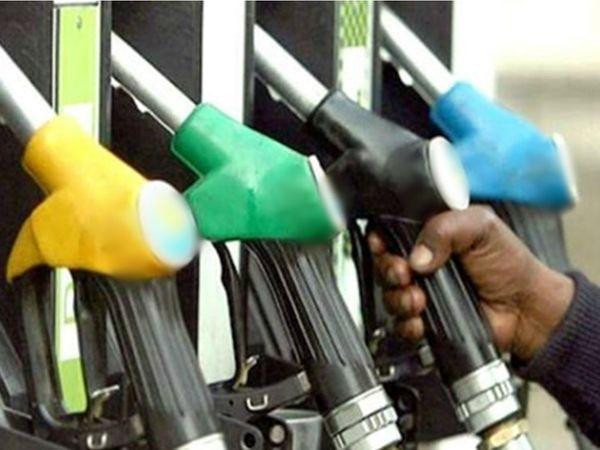 भोपाल में 6 दिन में तीसरी बार पेट्रोल के रेट बढ़े। - प्रतीकात्मक फोटो - Dainik Bhaskar