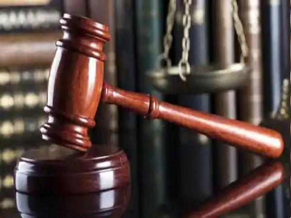 सिविल कोर्ट में सोमवार से फेमिली कोर्ट में सुनवाई शुरू हो गई। - Dainik Bhaskar