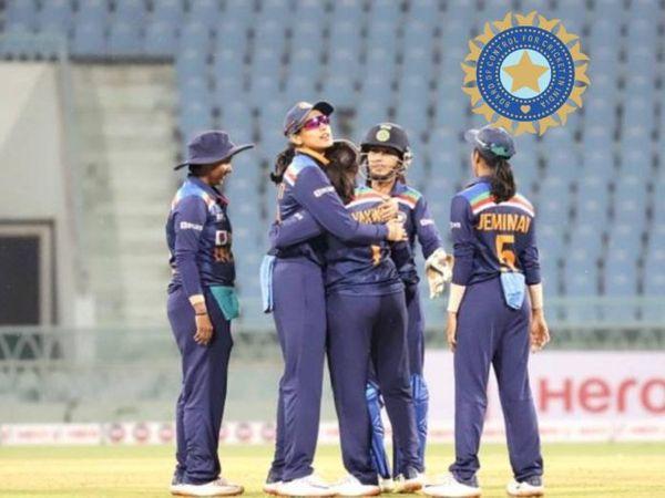 भारतीय वुमन टीम ऑस्ट्रेलिया म� - Dainik Bhaskar
