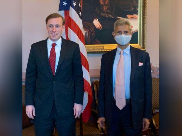 विदेश मंत्री एस जयशंकर ने 27 मई को राष्ट्रीय सुरक्षा सलाहकार (NSA) जेक सलिवन से मुलाकात की और वैक्सीन सप्लाई को लेकर चर्चा की।