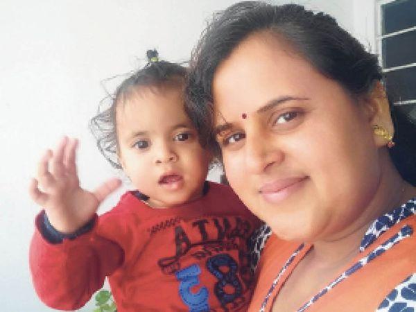 रिश्ते-नाते की समझ आने के पहले ही इन मासूमों के सिर से उठ गया माता-पिता का साया - Dainik Bhaskar