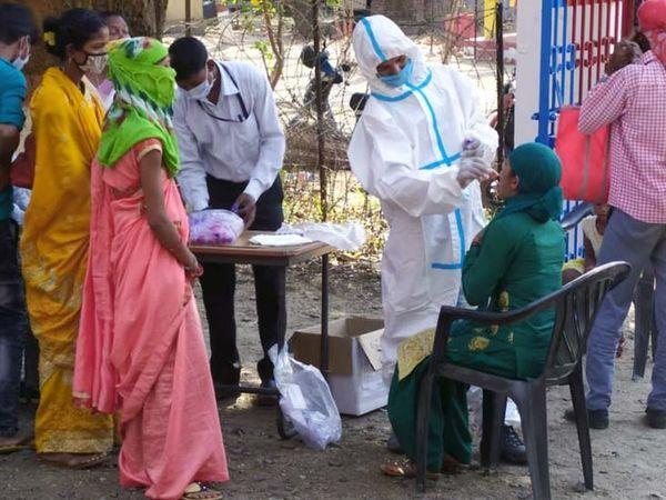 31 मई से लेकर रविवार तक जिले में कुल 1798 संक्रमित मिले हैं। - Dainik Bhaskar