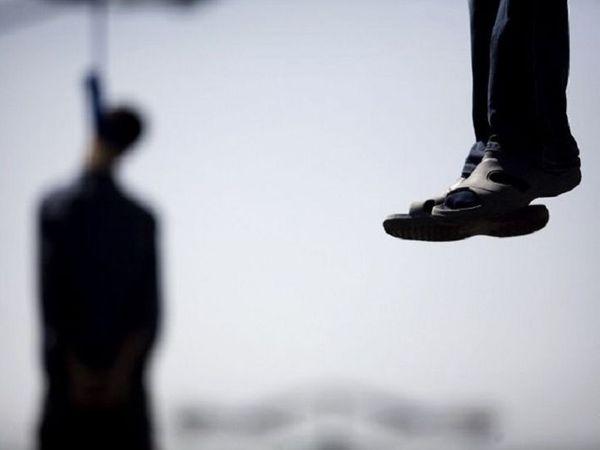 वन विभाग के कर्मचारी गश्त के लिए पहुंचे तो मौत का पता चला। सूचना मिलने पर पुलिस ने शव की पहचान कराई और परिजनों को जानकारी दी गई। - Dainik Bhaskar