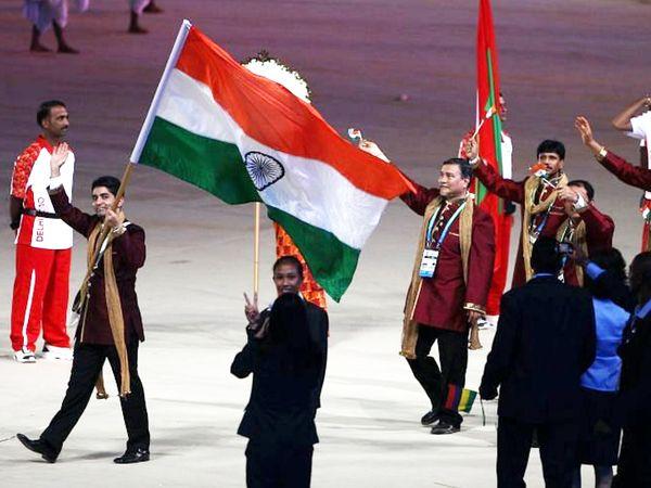 2016 रियो ओलिंपिक में अभिनव बिंद्रा भारत के ध्वज वाहक रहे थे। - Dainik Bhaskar