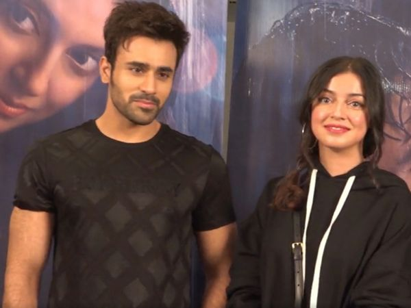पर्ल वी पुरी और दिव्या खोसला कुमार ने म्यूजिक वीडियो 'तेरी आंखो में' में साथ काम किया है। - Dainik Bhaskar