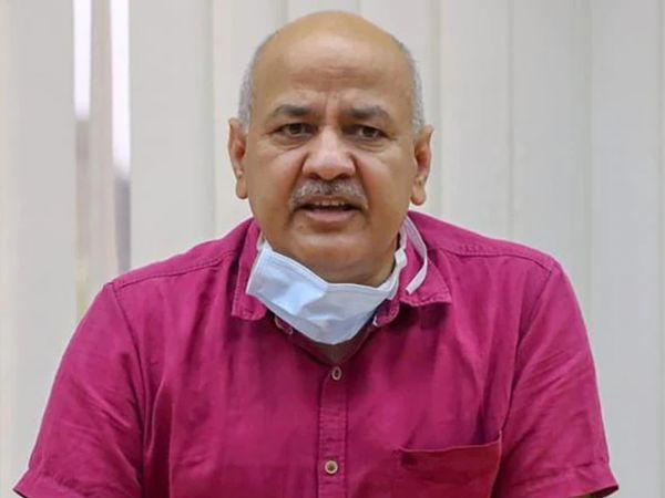 मनीष सिसोदिया ने कहा कि दुनिया ने 12 साल से कम उम्र के बच्चों के लिए वैक्सीन पर काम शुरू कर दिया है। केंद्र सरकार को इसमें कसर नहीं छोड़नी चाहिए। - Dainik Bhaskar