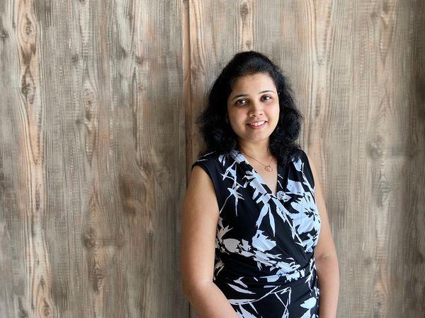 सुजाता ने करीब 8 साल तक फार्मास्यूटिकल सेक्टर में काम किया है। उनके पति भी इसी फील्ड से जुड़े रहे हैं।