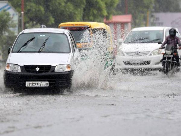 लखनऊ में गुरुवार सुबह हुई जोरदार बारिश से जगह-जगह जलजमाव हो गया। - Dainik Bhaskar