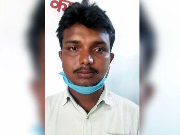 व्यापारी उपेंद्र साव ने बताया कि पश्चिम बंगाल में धान बेचकर आते वक्त उसके साथ लूट की घटना हुई। - Dainik Bhaskar