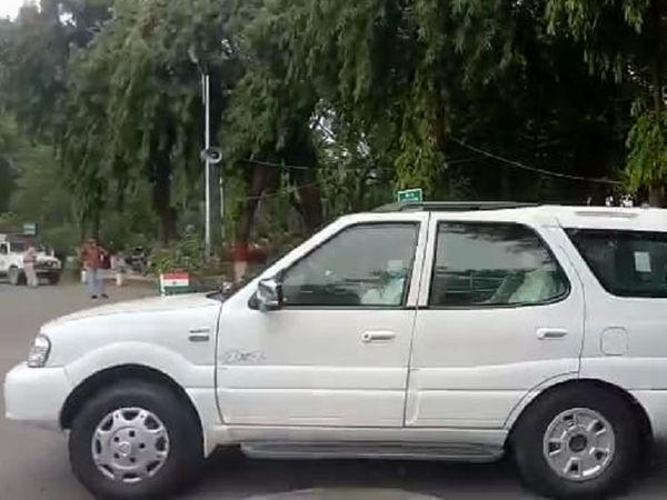 नीतीश कुमार CM हाउस से निकलकर पटना के बेली रोड, राजाबाजार और दानापुर के इलाकों का दौरा किया। - Dainik Bhaskar