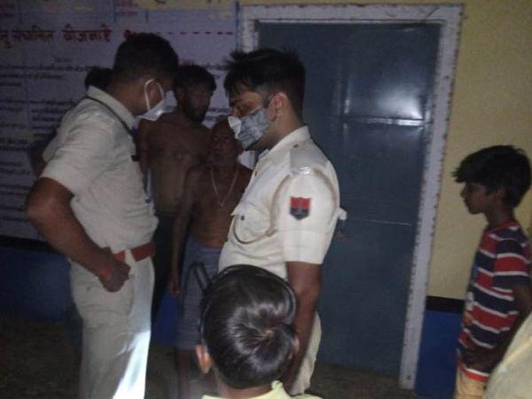 सूचना पर पहुंची तलावड़ा चौकी पुलिस। - Dainik Bhaskar