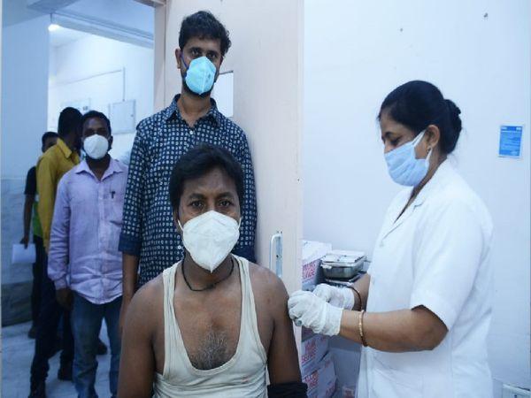 NTPC के लगभग सभी कर्मचारियों को वैक्सीन लगवाई जा चुकी है। - Dainik Bhaskar