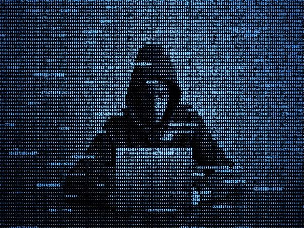 छत्तीसगढ़ में अब साइबर अपराधी अलग-अलग तरीके से ठगी कर रहे हैं। - Dainik Bhaskar