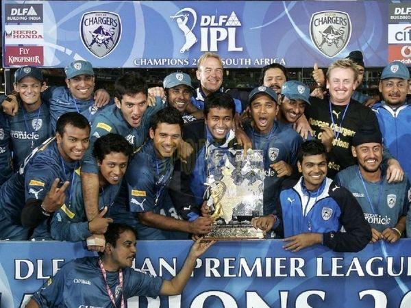 2008 से 2012 तक IPL में खेली डेक्कन चार्जर्स की टीम 2009 में चैंपियन भी बनी थी। - Dainik Bhaskar