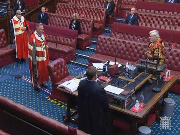 2020 में इयान बॉथम को ब्रिटेन में हाउस ऑफ लॉर्ड्स का सदस्य बनाया गया।