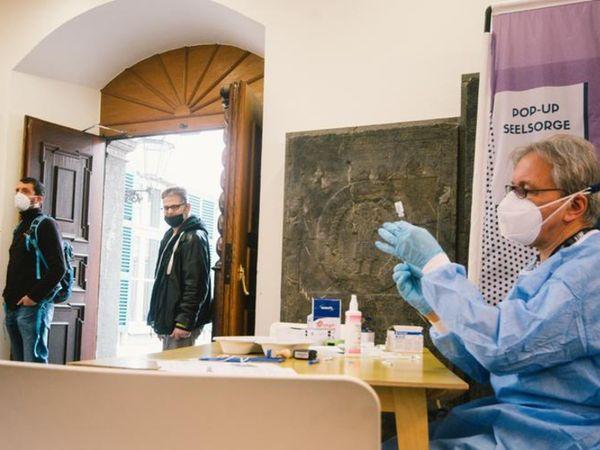 जर्मनी में डेल्टा वैरिएंट तेजी से फैल रहा है। यहां वैक्सीनेशन प्रोग्राम भी अब रफ्तार पकड़ रहा है। (फाइल) - Dainik Bhaskar