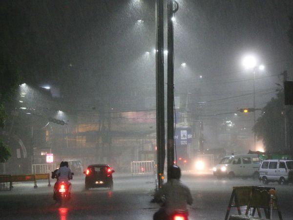 राजधानी भोपाल में मानसूनी बारिश का सिलसिला लगातार जारी है।