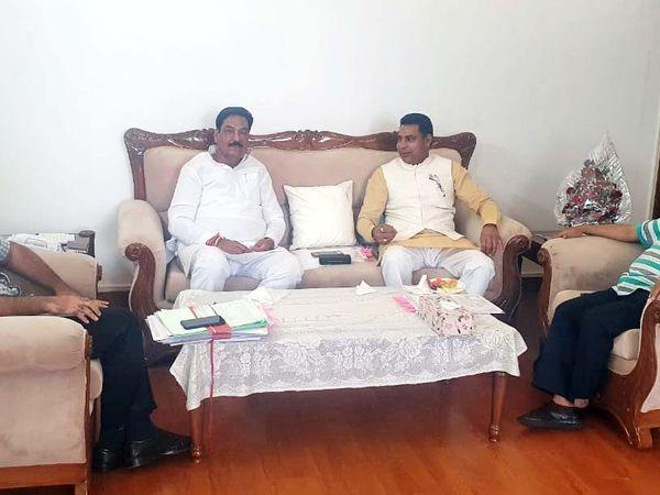 फरीदाबाद। पृथला क्षेत्र की बिजली समस्याओं को लेकर विधायक ने मंत्री से मुलाकात की। - Dainik Bhaskar
