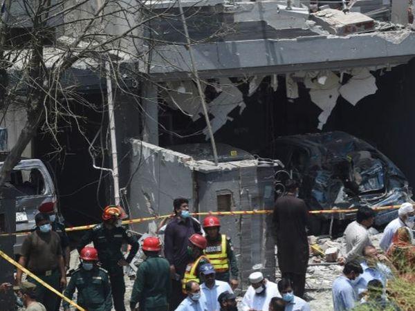 बुधवार को हुए बम धमाके में 3 लोगों की मौत हुई थी, जबकि 17 घायल हुए थे। - Dainik Bhaskar