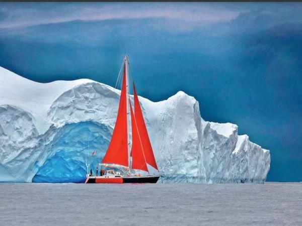 तस्वीर आर्कटिक के स्पर्ट आइलैंड की है। जहां गर्मी का पता लगाने और शोध के लिए रूसी वैज्ञानिकों की टीम पहुंची है। - Dainik Bhaskar