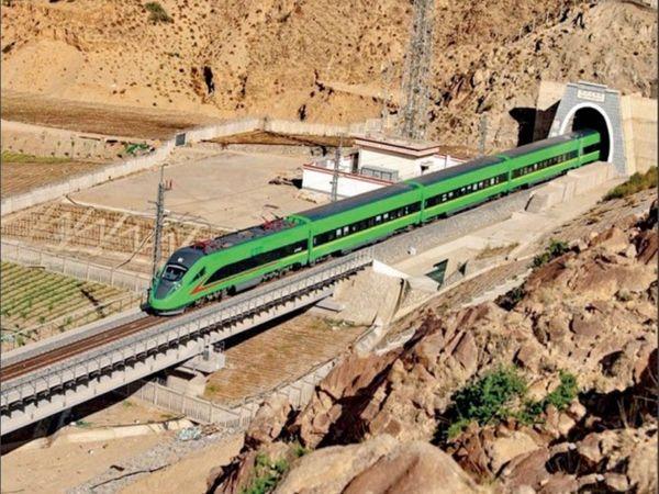 बुलेट ट्रेन - Dainik Bhaskar