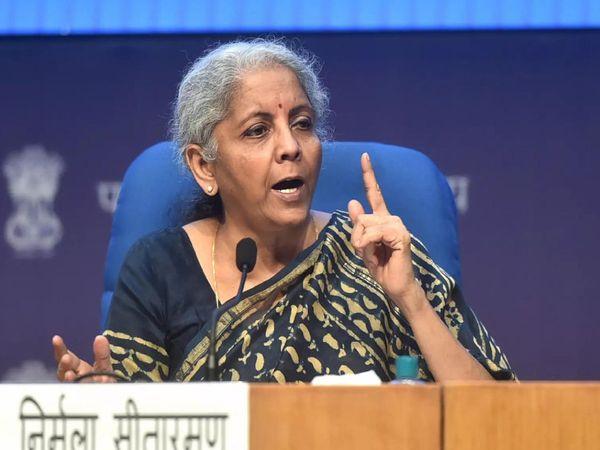 वित्त मंत्री निर्मला सीतारमण नेशनल असेट री-कंस्ट्रक्शन कंपनी लिमिटेड (NARCL) की अंतिम रूपरेखा की घोषणा भी कर सकती है। -सिम्बॉलिक तस्वीर - Dainik Bhaskar