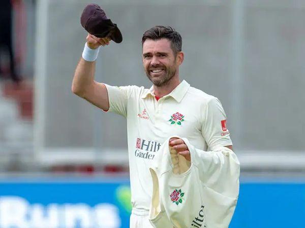 इंग्लिश तेज गेंदबाज एंडरसन ने काउंटी चैंपियनशिप में कैंट के खिलाफ 7 विकेट लेकर यह उपलब्धि हासिल की। - Dainik Bhaskar
