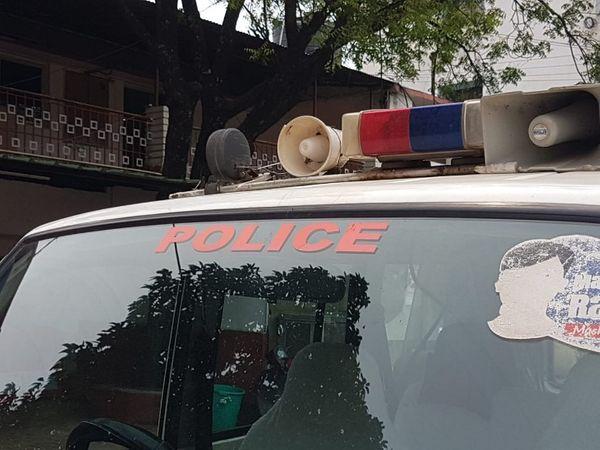 रायपुर की पुलिस इन्हें ट्रांजिट रिमांड पर महाराष्ट्र से लेकर आई।