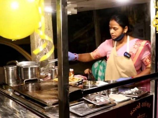 गीता इलाहाबाद की रहने वाली हैं। दिल्ली जाने से पहले वे मुंबई में अपने पति के साथ रहती थीं।