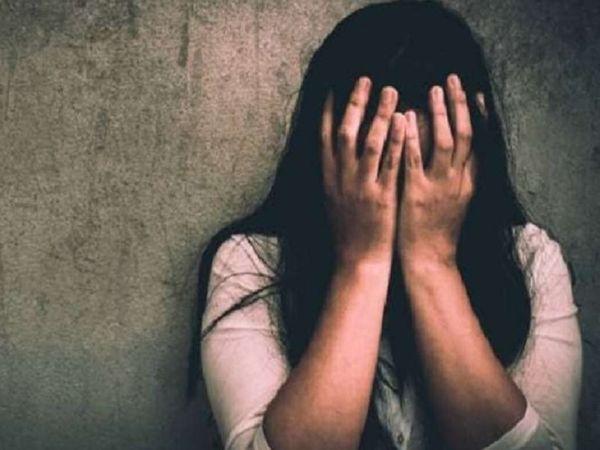 युवती ने डायल 112 पर कॉल कर पुलिस को सूचना दी। जिसके बाद पुलिस ने आरोपी को गिरफ्तार कर लिया। पूछताछ में उसने दुष्कर्म की बात स्वीकार कर ली है। - Money Bhaskar
