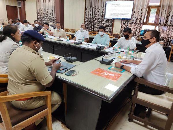 स्मार्ट सिटी की 12वीं बोर्ड मीटिंग में 230 करोड़ रुपए के 19 नए प्रोजेक्ट को सैद्धांतिक सहमति दी गई। - Money Bhaskar