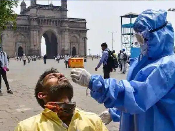 संक्रमण की तीसरी लहर के खतरे को देखते हुए मुंबई में फिर से सार्वजनिक जगहों पर टेस्टिंग तेज कर दी गई है।