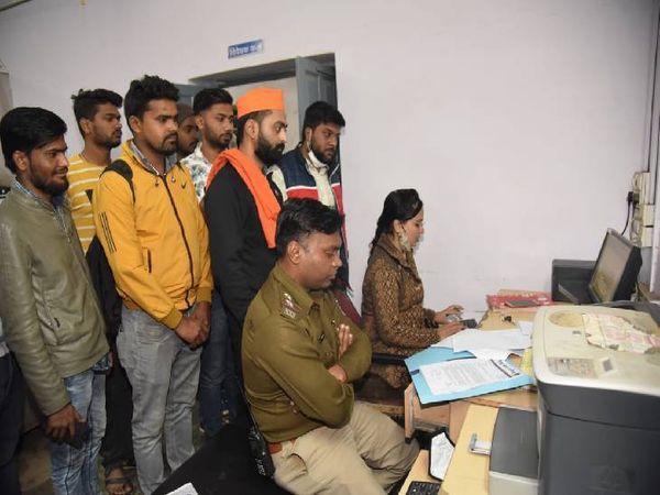 15 जनवरी को जबलपुर के ओमती थाने में दर्ज हुई थी एफआईआर।