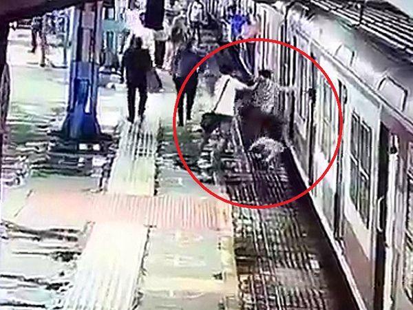 लूट के बाद मौके से फरार होने की कोशिश करता हुआ शख्स कैमरे में कैद हुआ है। - Money Bhaskar
