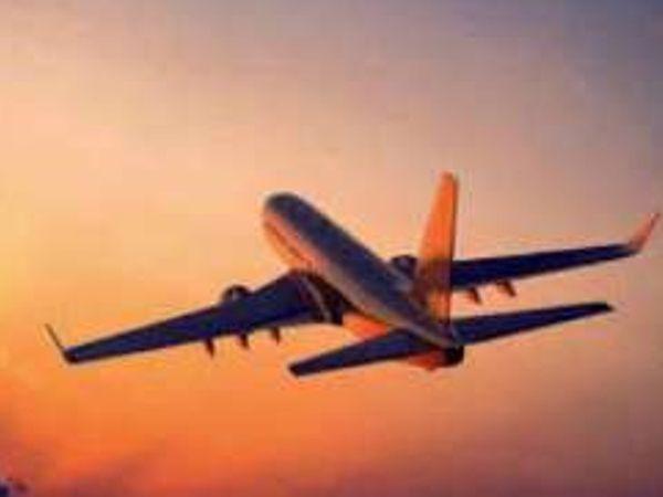 विदेशी पर्यटकों के भारत आने की राह खुल सकती है। कोरोना महामाारी के चलते मार्च-2020 में विदेशी पर्यटकों पर लगाया गया बैन हटाए जाने की संभावना है। - Money Bhaskar