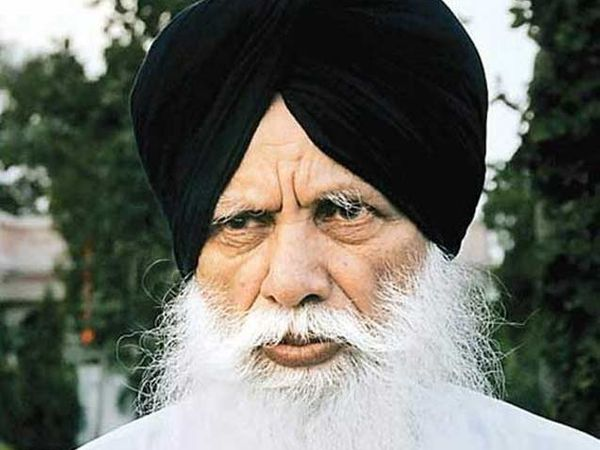 फाइल फोटो : पंजाबचे एनआरआय मंत्री तोता सिंह. - Divya Marathi