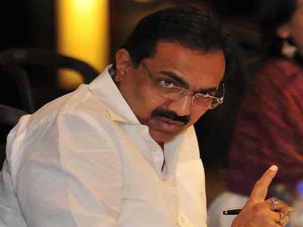 राष्ट्रवादीचे नेते व माजी अर्थमंत्री जयंत पाटील... - Divya Marathi