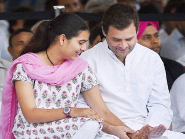 भाची मिरायासोबत राहुल गांधी. - Divya Marathi