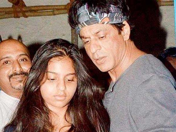 मुलगी सुहानासोबत शाहरुख खान - Divya Marathi